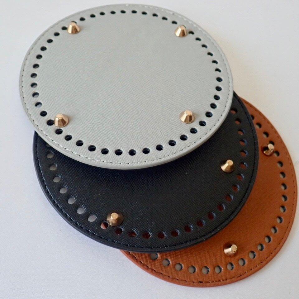 【送料無料】リベット付き底板 丸型(直径15cm、穴数48個)キャメル