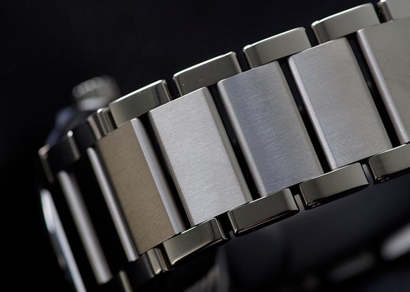 ウブロ 510.NX.7170.NX クラシック・フュージョン チタニウム ブルー ブレスレット TI ブルー文字盤 自動巻き ブレスレット