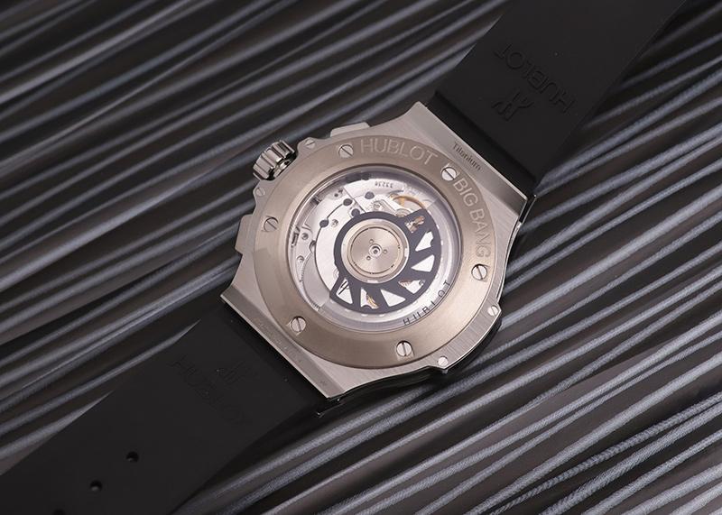 ウブロ 341.SX.130.RX.174 ビッグバン スチール ダイヤモンド 41mm SS 黒文字盤 自動巻き ラバー