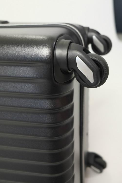 [TORIO]カーゴ/CARGO  ブラック   細部までスタイリッシュなスーツケース 大型84L軽量4.0Kg TSAロック付き