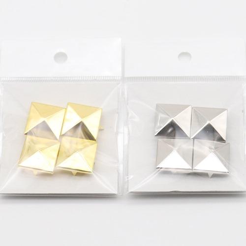 スタッズ ピラミッド(20×20mm)4個入