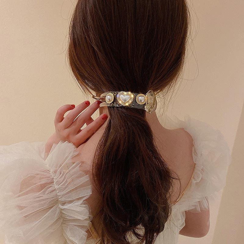 ヘアクリップ レディース バレッタ バナナクリップ 髪留め 髪飾り 大きめクリップ ハート ラインストーン きらきら 結婚式 シンプル パール ブラック クリア 上品 アクセサリー 韓国ファッション 女性 韓国アクセサリー おしゃれ かわいい かっこいい