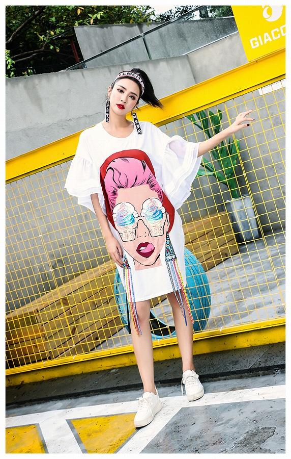 ベルスリーブ レディース ワンピース ロング丈 カットソー ワンピ ビッグシルエット Tシャツ ビッグTシャツ Tシャツワンピ プリントTシャツ スパンコール 袖フレア フレアスリーブ 大きいサイズ 韓国 ファッション 原宿系 派手 個性 おしゃれ カワ