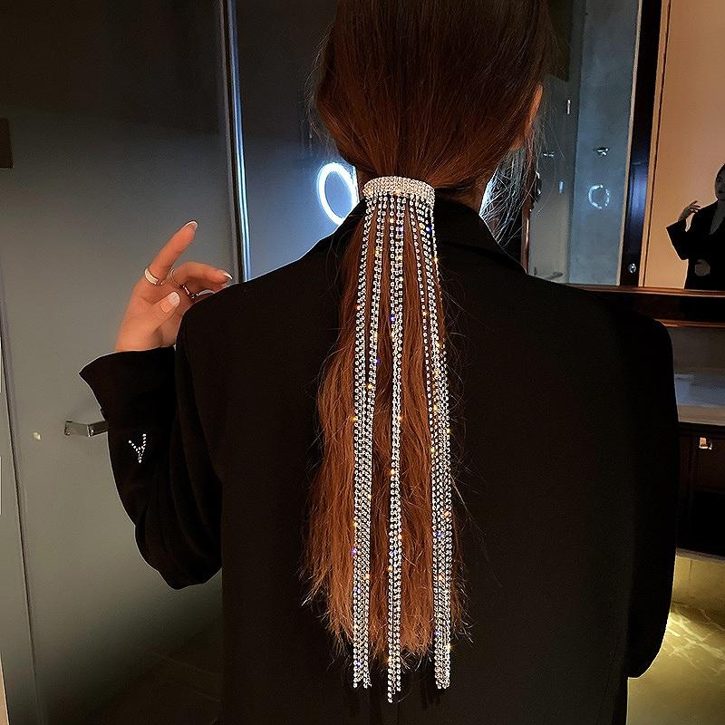ヘアチェーン エクステ 付け毛 ヘアアクセサリー レディース ビジュー ヘア飾り ラインストーン ロングタッセル 編み込み 韓国 ファッション ダンス 衣装 韓国ジュエリー おしゃれ かわいい かっこいい