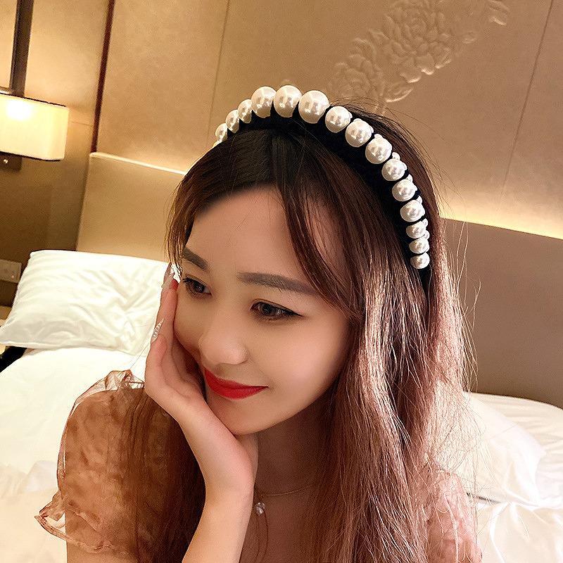 カチューシャ パール ヘアバンド レディース パール付カチューシャ ヘアアクセサリー ダンス 衣装 ストリート ヒップホップ hiphop 韓国ファッション 女性 韓国アクセサリー おしゃれ かわいい かっこいい ビジュー ヘア飾り 韓国ジュエリー