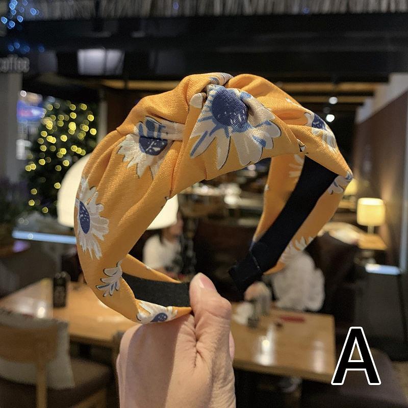 カチューシャ ヘアバンド ヘアアクセサリー レディース バンド ダンス 衣装 韓国 ファッション 女性 かっこいい おしゃれ かわいい