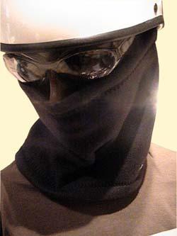 ヌクヌクッ!セーター1枚分の暖かさに匹敵!★フリースネックウォーマー注文殺到中!/CROW(クロウ)バイク用フェイスマスク