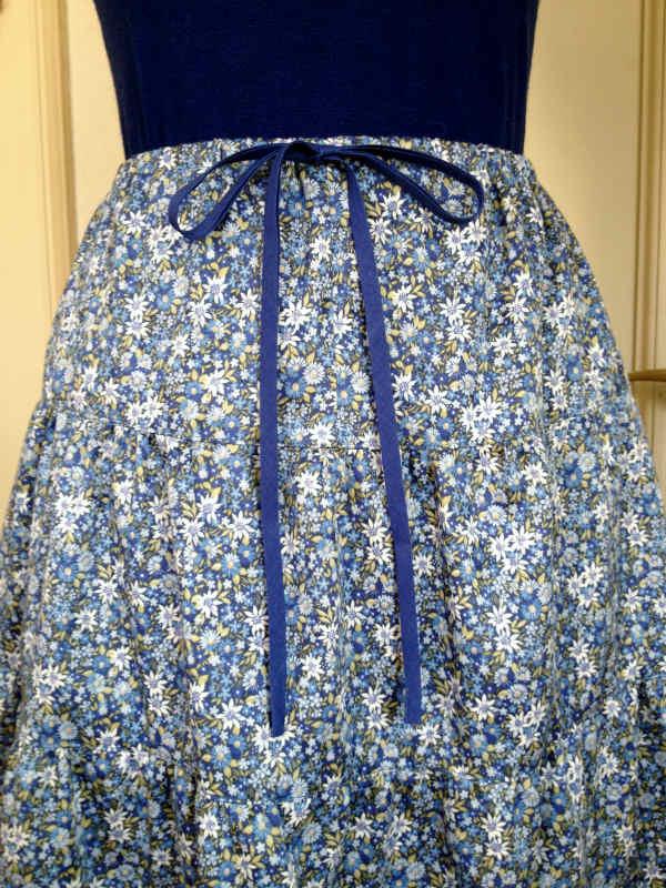 初夏を楽しむ大人かわいいスカート