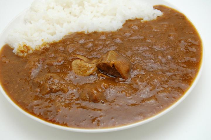 比内地鶏カレー 秋田ご当地カレー <日本三大地鶏の旨味を堪能!>