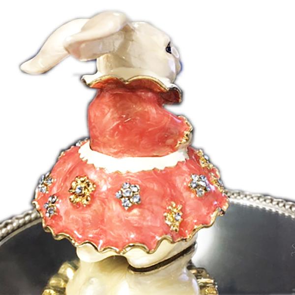 輸入インテリア:小物入れ::ピンクのドレスのホワイトラビット