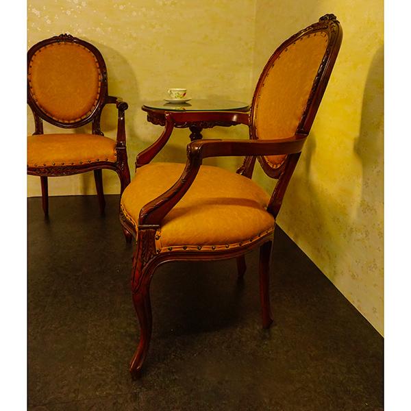 数量限定 激安 marrone 在宅勤務 アームチェア PVCブラウンとサイドテーブル2点セット  マホガニー材使用