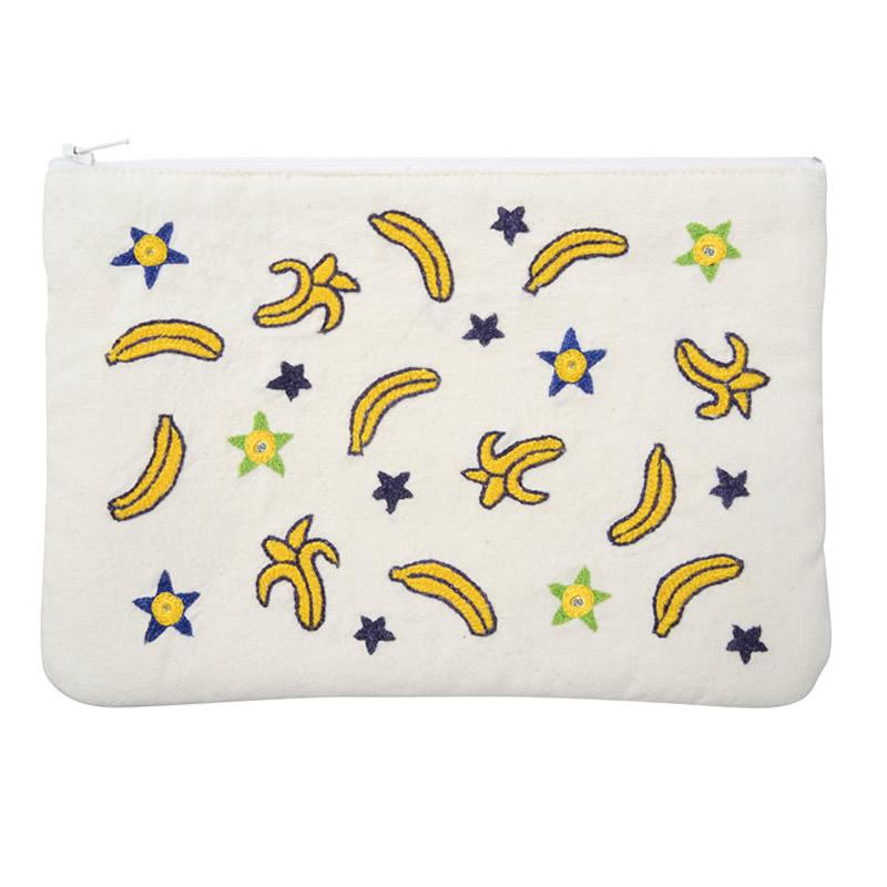 ミラー刺繍 四角ポーチ バナナ柄(白)