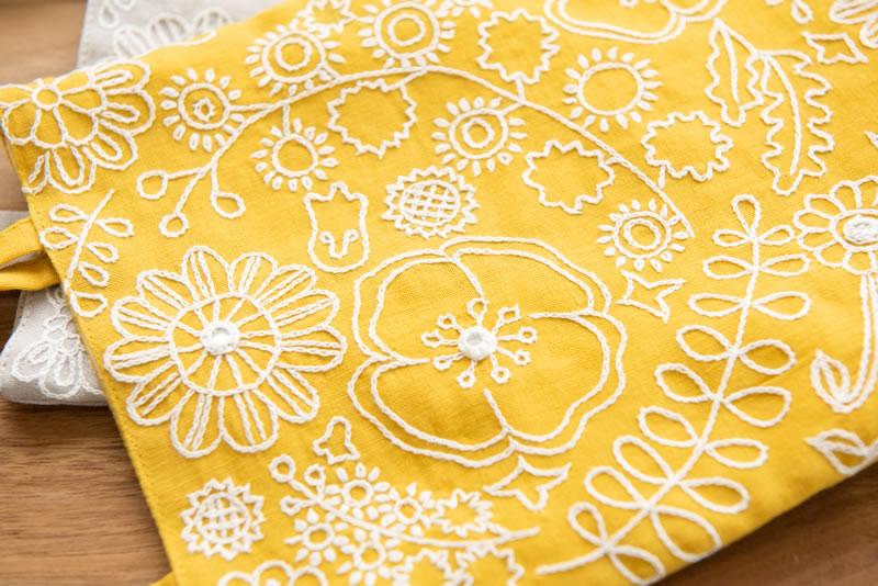 ミラー刺繍ミニトート ミモザ柄(ライトグレー)