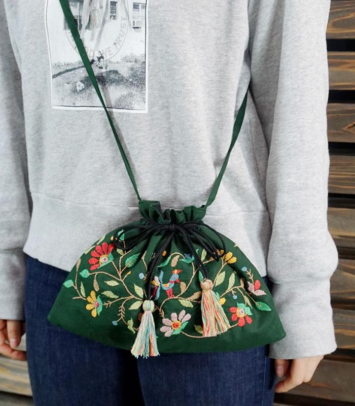 ミラー刺繍 肩掛けポーチ 鳥柄(緑)