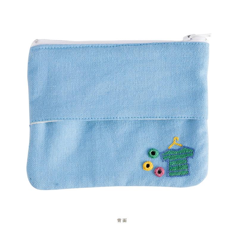 ミラー刺繍ティッシュ入れ付きミニポーチ ランドリー柄(水色)