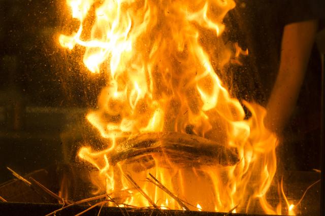 送料無料 高知特産 藁焼きカツオのタタキ4節(約800g) 太平洋の味覚 鰹 内祝 贈り物 かつおたたき お取り寄せグルメ