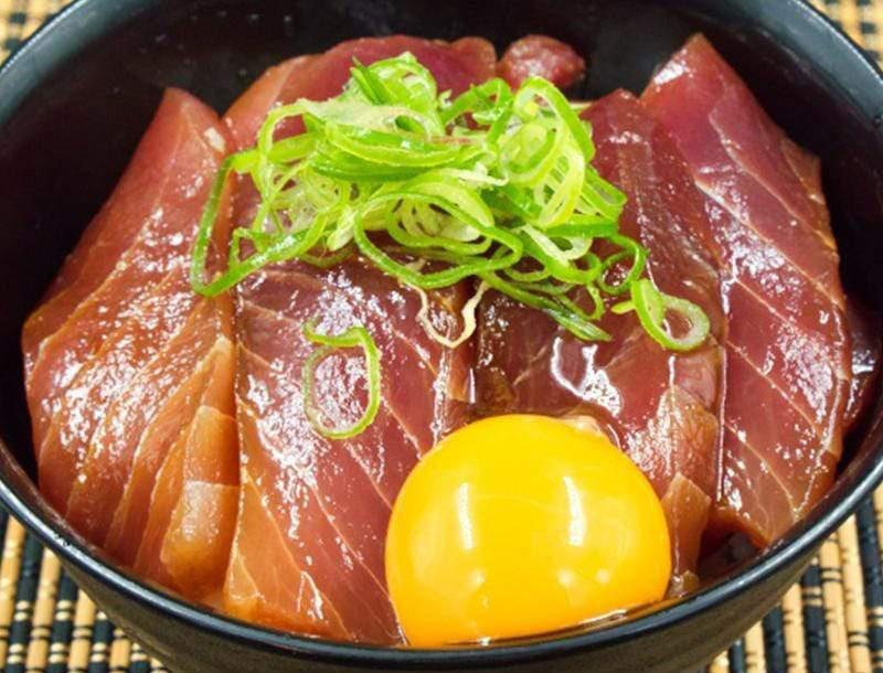 マグロ2種食べ比べ2kg(メバチ鮪・キハダ鮪)ブロック【冷凍配送】