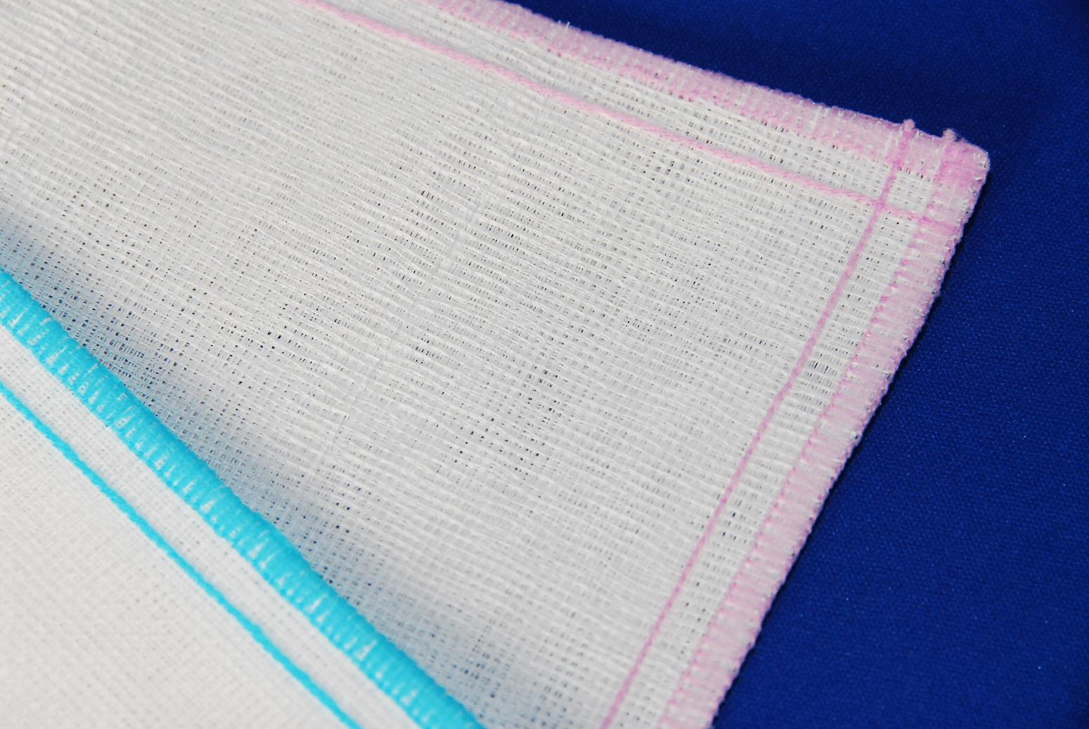 大人気!昔ながらの蚊帳地仕様のふきん 天然素材100%丈夫で長持ち。清潔気持ちいい。赤ちゃんにも安心ダイニチオリジナル。引っ越しのご挨拶などに最適! サンサンフキン(3枚1組)