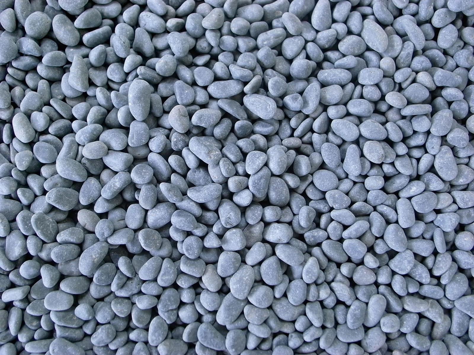 真黒石(黒砂利)20kg 選べる5サイズ(10mm〜50mm)