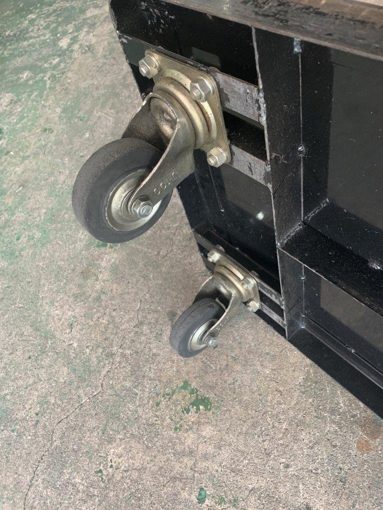 中古台車 スチール固定ハンドル台車500x700