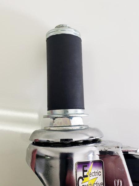 DGR-100RM-S(自在φ100導電ゴム車輪ゴムパイプ軸24径キャスターストッパー付き)