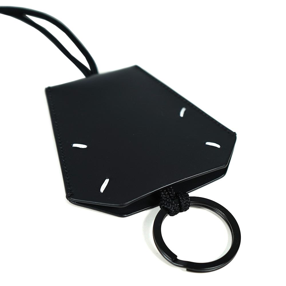 MAISON MARGIELA メゾンマルジェラ アクセサリー クロシェット キーリング付き ネックストラップ ユニセックス (T8013)【S55UA0025-PS935】