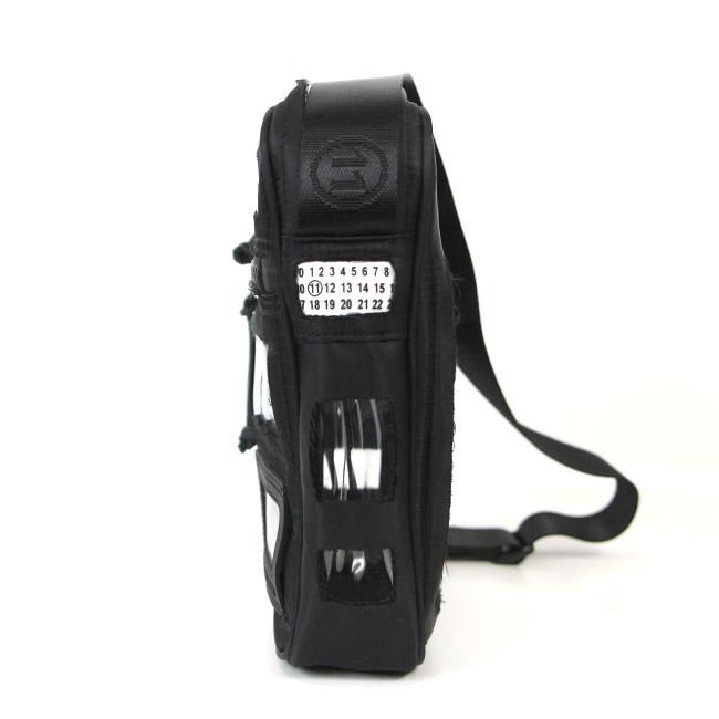 MAISON MARGIELA バッグ  メゾンマルジェラ メッセンジャーバッグ  Décortiqué CLEAR PANEL MESSENGER BAG クリアバッグ (全2色)  【S35WG0153-P2625】