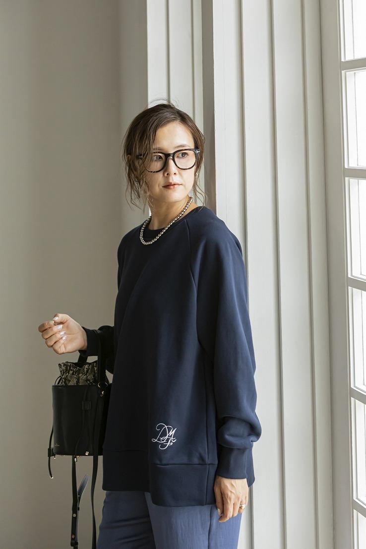 【9/22(水)19時〜通常販売】オーバーサイズスウェットロゴ刺繍 ダークネイビー