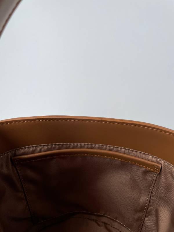 【10/13(水)19時〜通常販売】3WAYバケツ巾着バッグ ブラウン