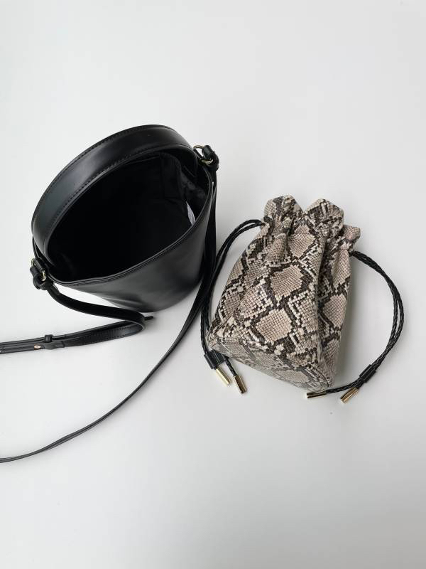 【SOLD OUT】3WAYバケツ巾着バッグ ブラック