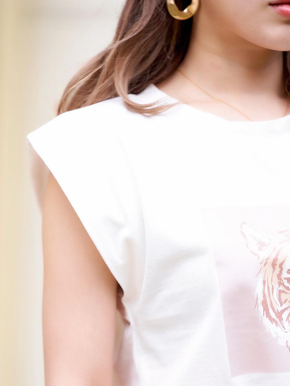 タイガーモチーフTシャツ