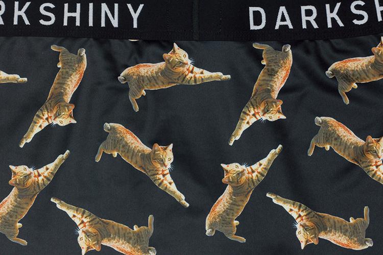 DARKSHINY×TOBINEKO 飛び猫 コラボ メンズマイクロボクサーパンツ - BLACK ブラック