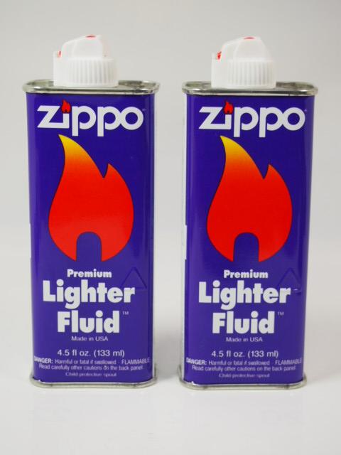 ジッポーオイル: Zippo社 旧 オイル // 純正 Zippo Lighter Fluid // 紫缶 (小缶 133ml) 2本セット 『1998-2002』 ●新品未開封品●【ギフト包装】 【ジッポ】 【ジッポー】 【ライター】 【消耗品】 【ダルマヤ】
