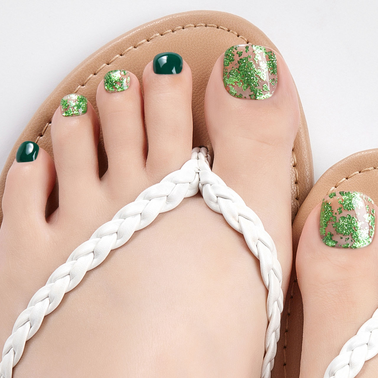 【Leaf Flakes】ダッシングディバグレーズ ペディ