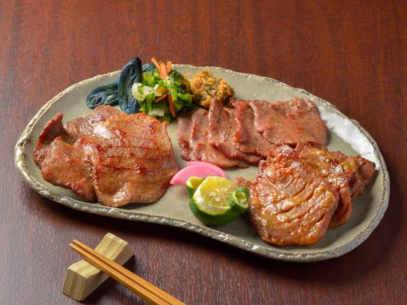 【送料込み お中元】牛たん詰合せ (塩・味噌・薄切り塩 計3包)