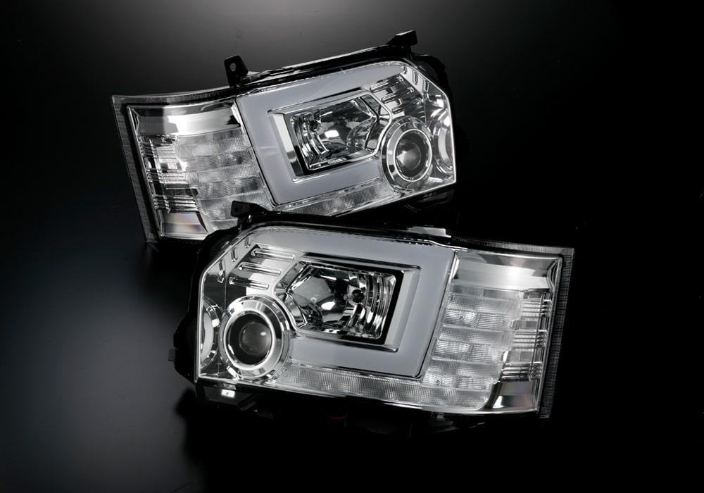 LEDヘッドランプ ハイエース(200)