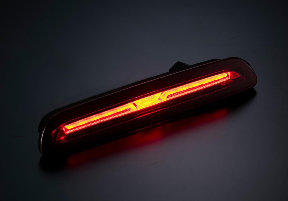 LEDハイマウントストップランプ ハイエース(200)