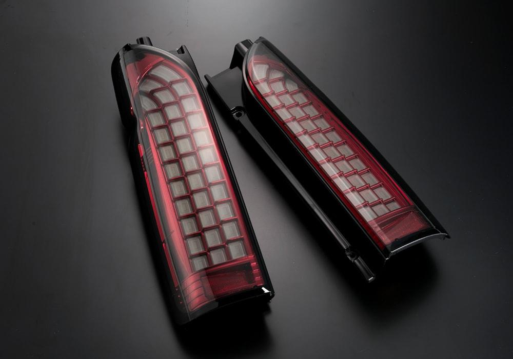 LEDテールランプ ハイエース(200)ブロックデザイン