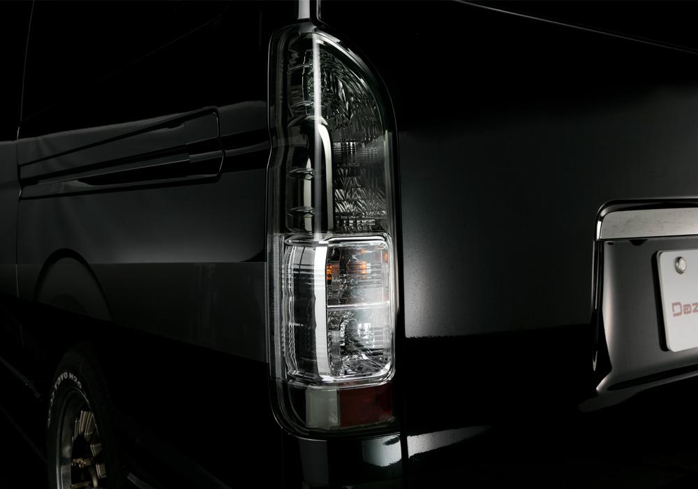 テールランプ ハイエース(200)ピュアスタイル