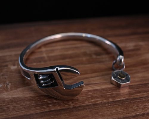 MonkeyWrench Bangle-SILVER
