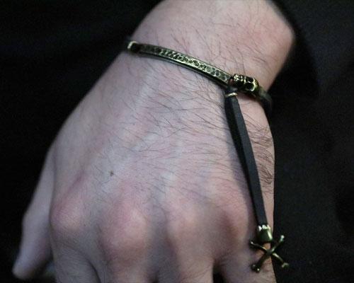 """""""MEMENTO MORI"""" 2way LeatherWrap -BRASS"""