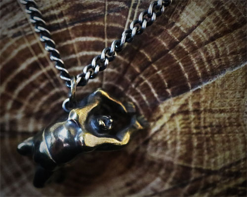 """""""Si Se Puede!!"""" Necklace -BRASS"""
