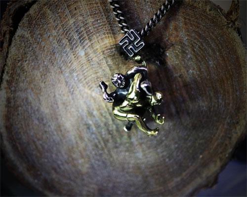 """MAJI卍"" Necklace"