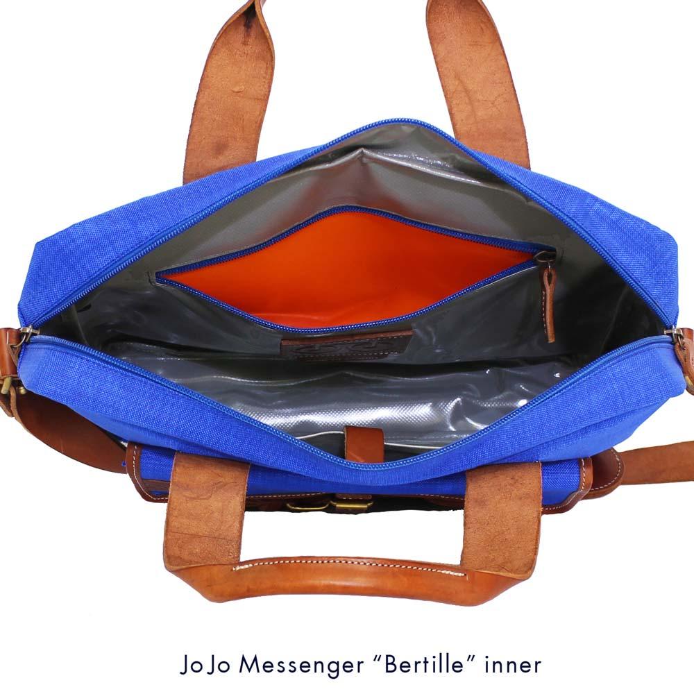 JOJO messenger (ジョジョ・メッセンジャー) - Bertille (ブリーフ・ケース) (Light Blue/Tauny)