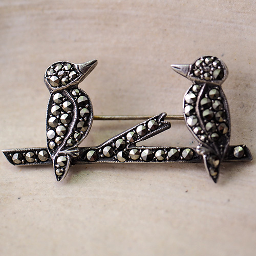 シルバー マーカサイト 2羽の鳥 ブローチ