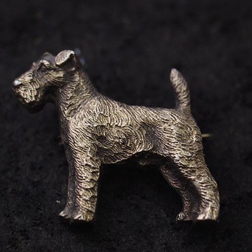 アンティークシルバー 犬ブローチ
