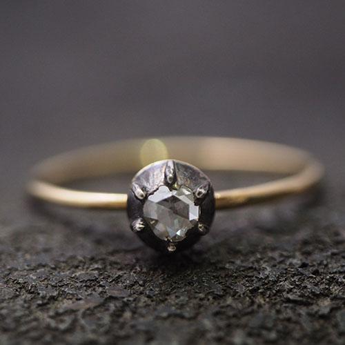 18金シルバー ローズカットダイヤモンド  ソリティアリング(コンバージョン)