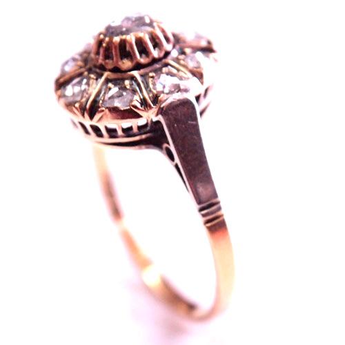 18金&ローズカットダイヤモンド オーバルリング