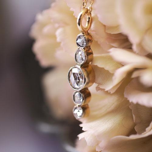 18金 ローズカットダイヤモンド 5ストーン ペンダント(アンティークジュエリー)