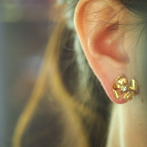 18金 ダイヤモンド リボン クリップイヤリング(アンティークジュエリー)